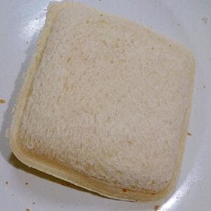 とろとろチーズのホットサンドイッチ(切り方のコツ)
