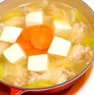 鶏手羽元の塩鍋