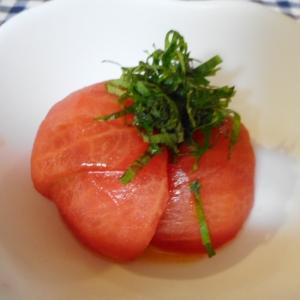 塩とオイルのトマトサラダ