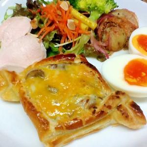 グラタンパイの朝ごはんプレート