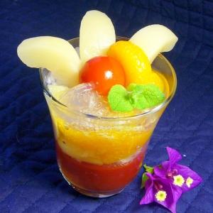 時短♪トマトとサイダーの2色ゼリーのフルーツパフェ