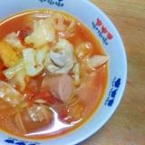 キャベツ鶏ももウインナ油揚げ煮込み/トマト味