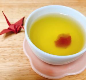 はちみつ梅干し煮いり緑茶