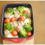 サルシッチャとモッツァレラ、彩り野菜のオーブン焼