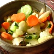 残り野菜で 夏野菜のレモン風味つけもの