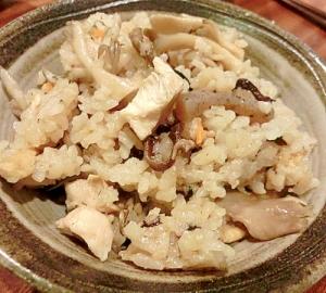 簡単おいしい 炊き込みご飯♪(ひじき入り)