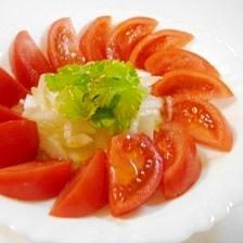 トマトと新玉ねぎのアジアンサラダ