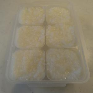 ご飯から作るおかゆ【離乳食中期〜後期】