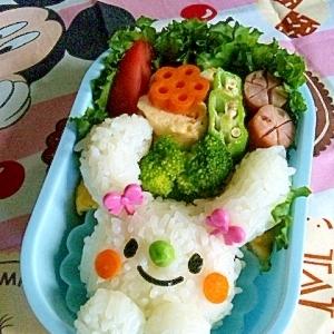 簡単キャラ弁☆うさぎちゃんのお弁当