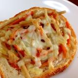 きんぴらの残りで☆きんぴらごぼうのチーズトースト