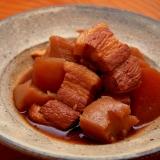 一口サイズのピリ辛豚の角煮