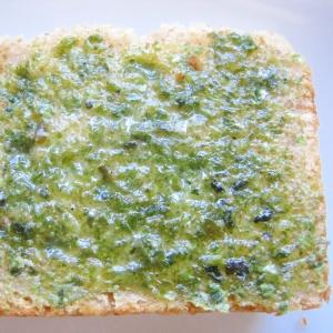 カマンベールチーズと青のりのトースト