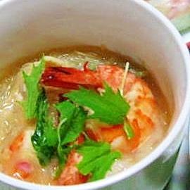 海老と春雨のタイ風スープ