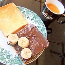 バナナの食感を重視☆ チョコバナナトーストサンド♪