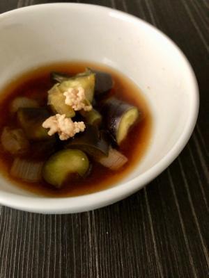 茄子と鶏ひき肉の味噌汁