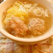 餃子団子のスープ