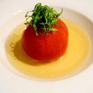 口にした瞬間にジュジュワ~と広がる!出汁トマト