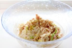 余った白菜の芯とツナとハムの簡単マヨあえ