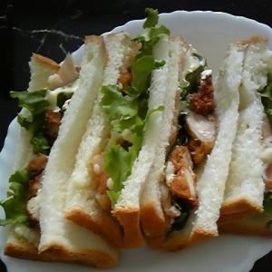 マッシュポテトサンドイッチ