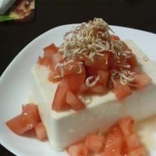 トマト冷奴サラダ