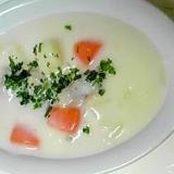 旬の牡蠣が入ったクリームシチュー