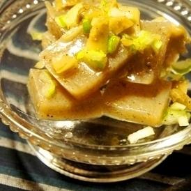 切って和えるだけの簡単肴、こんにゃくの葱塩ザーサイ