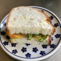 柿とレタスのサンドイッチ