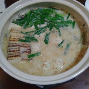 冬はこれ!美味しいゴマ豆乳鍋