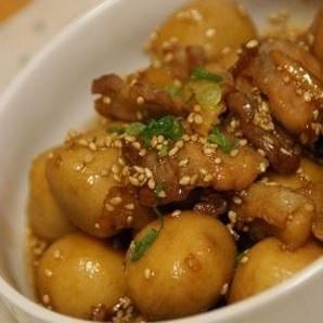 豚バラと里芋の甘辛にんにく煮