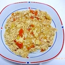 豆腐と鶏ミンチと野菜のあんかけ丼