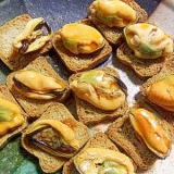 簡単オードブル★ムール貝のカナッペ