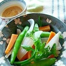 春野菜いっぱいのみそマヨネーズ温サラダ