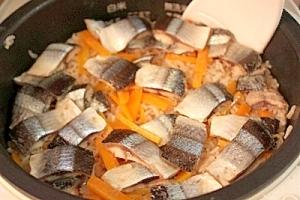 ♡秋の美覚さんまの炊き込みご飯♡