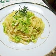 白菜とニンニクのパスタ
