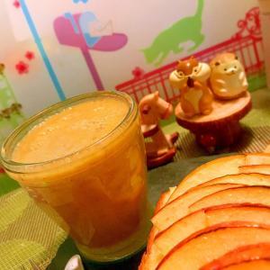 林檎とバナナとレタスのスムージー