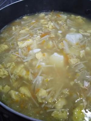 野菜たっぷりコンソメスープ☆雑炊や、おじやにも♪