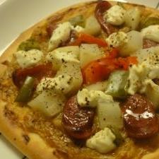 2種のソースで!カレー&ホワイトソースピザ