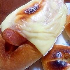 カレーの残りでリメイク☆朝食のパン
