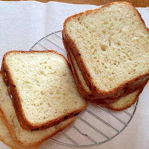 ホームベーカリーで玉ねぎパン