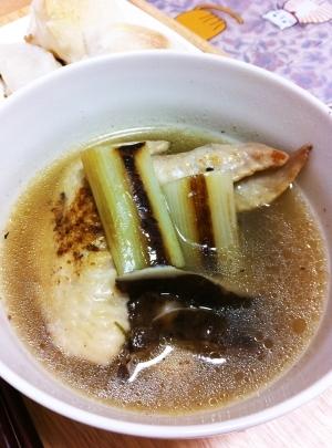 炊飯器で生姜たっぷり手羽先と焼きネギのスープ