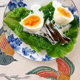 ゆで卵、茎わかめのサラダ