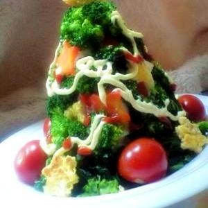 食べられるツリー!ブロッコリーツリーサラダ♪
