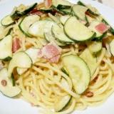 ズッキーニ&ベーコンの簡単マヨスパ