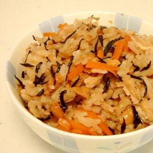 納豆とひじきの炊き込みご飯