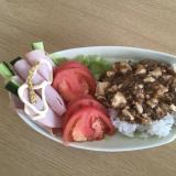 料理の達人が作る麻婆豆腐の丼ぶり