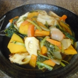 カボチャと小松菜とチクワの煮物