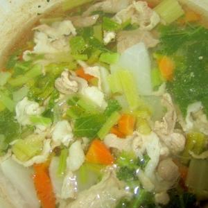 蕪と豚肉と人参生姜スープ