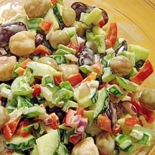 イロイロ豆野菜サラダ
