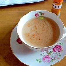 目覚め良しカルダモンとシナモンのスパイシーな紅茶