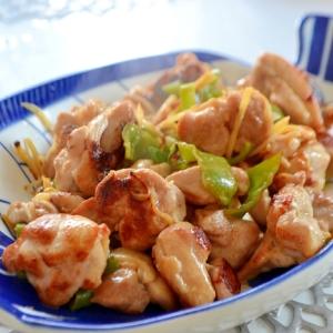 *鶏肉とピーマンの酢生姜炒め*